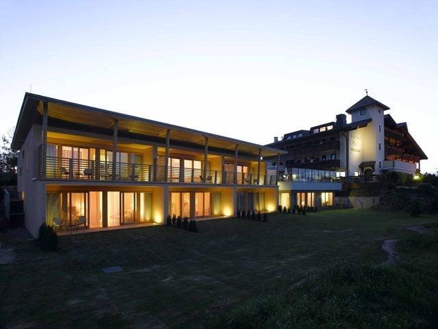 Das pf sl ein modernes traditionsbewusstes haus hotel for Modernes wellnesshotel